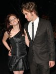 kristen-stewart-seduces-robert-pattinson